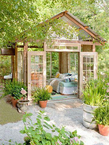 Gartenhaus mit Glas